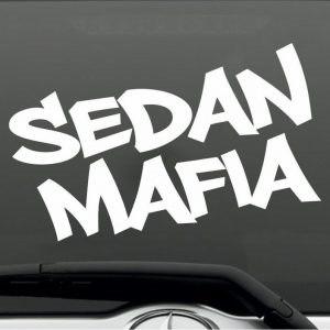 Sedan Mafia autóra matrica M704