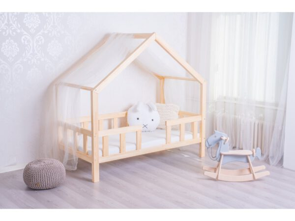 Körbe leesésgátlós ház alakú gyerekágy gyerekszoba babaszoba kiságy